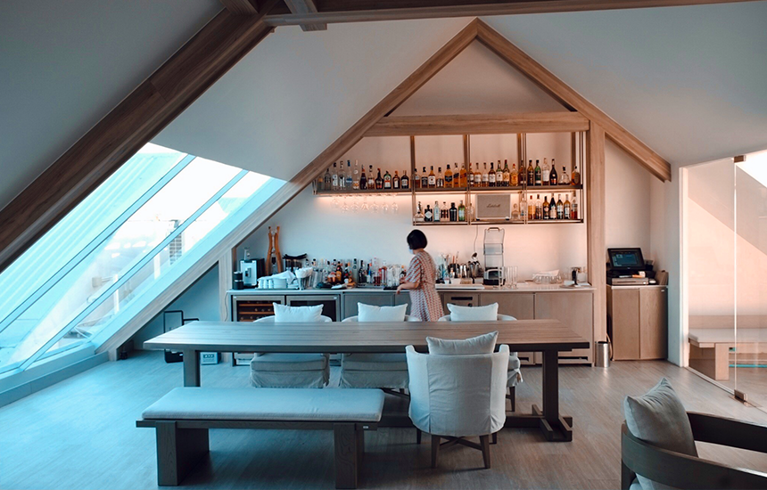 Rooftop lounge & bar 1
